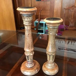 2 wooden candle holder